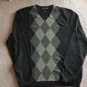 Banana Republic olive argyle sweater merino wool L